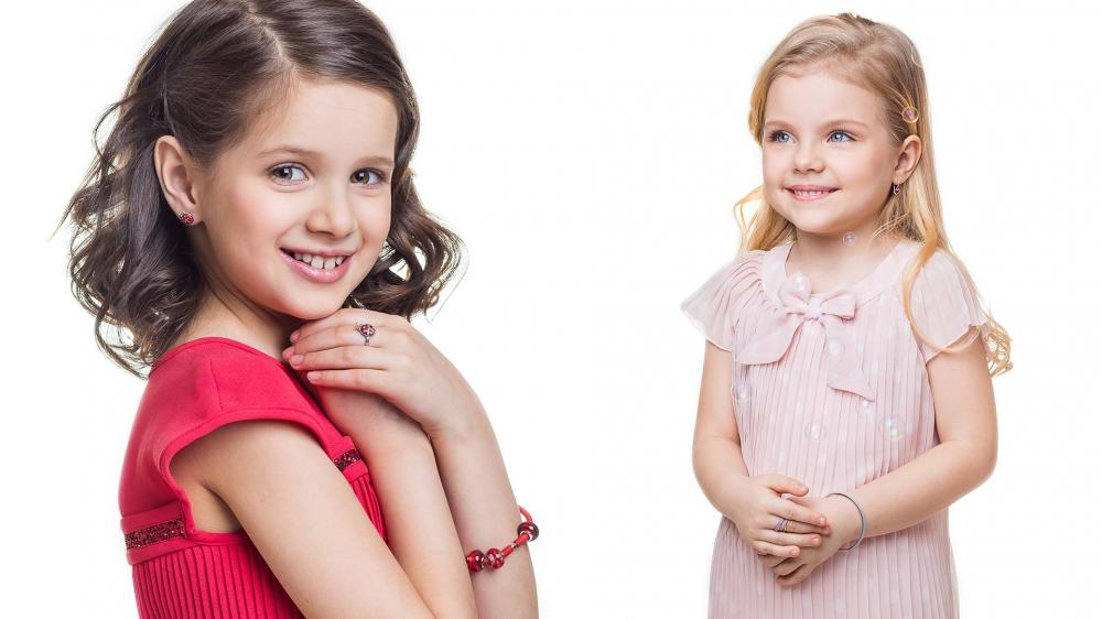 Чарівні подарунки для маленьких принцес