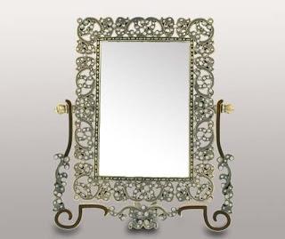 Можно дарить зеркало?