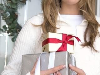 Що подарувати дівчині, якій виповнилося 20 років