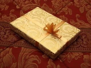 Кращий подарунок другу, оригінальний подарунок подрузі